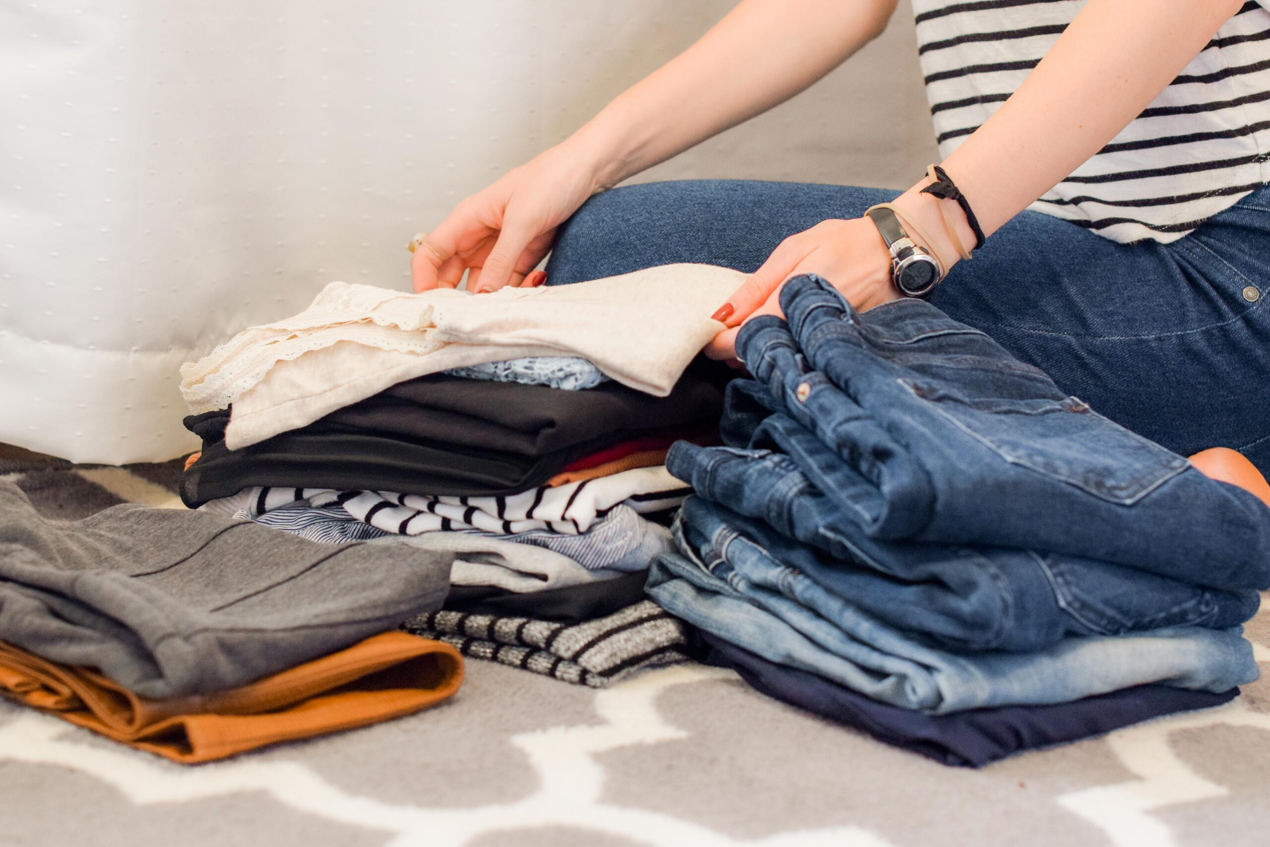 Home Hacks: 5 Tips to Organize Your Bedroom