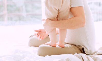 DEVELOPMENTAL MILESTONES FOR BABIES ACCORDING TO AGE